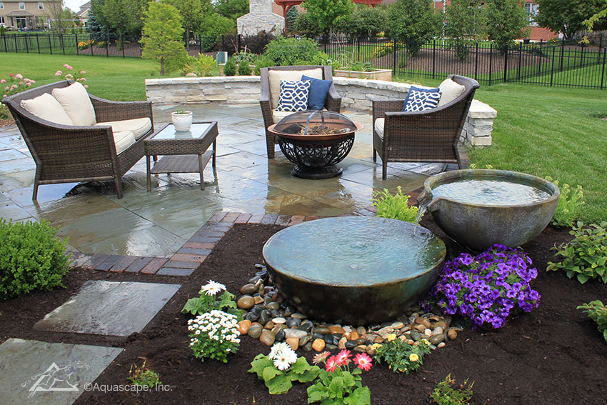decorative water feature design contractors